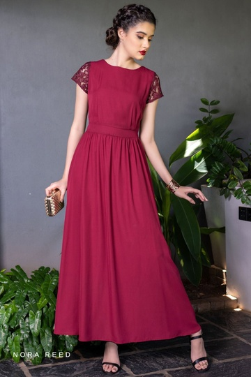LACE DETAILS MAXI DRESS RED